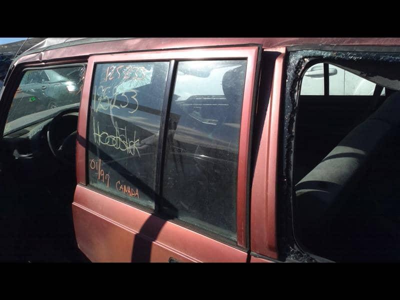 Geo TRACKER 1997 Left Side Door Vent Glass, Rear 279-56415L RJB502